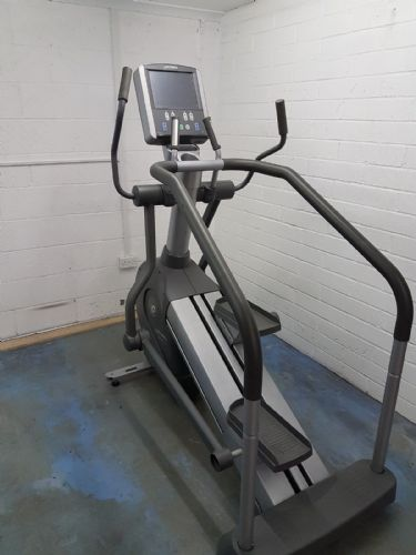 Life Fitness Summit Trainer 95Le LCD With TV With 3 Month Warranty